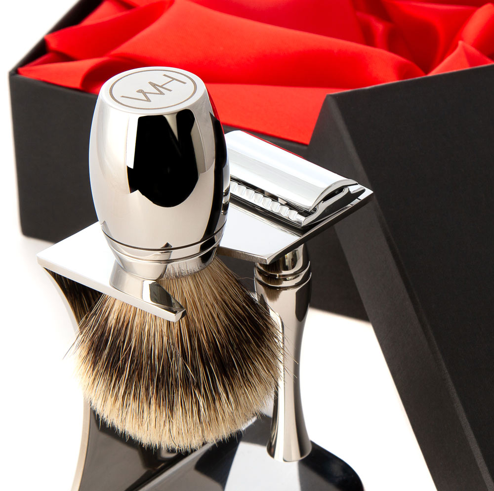 razor and brush shaving set